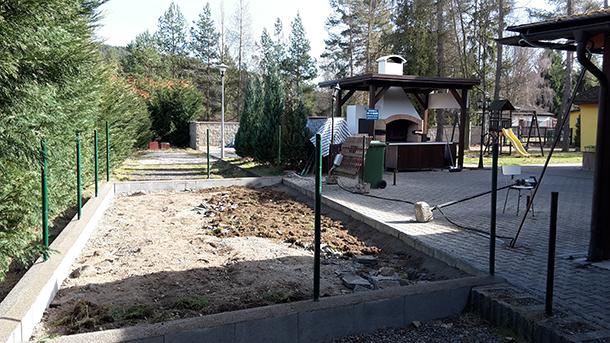 Rozšiřujeme kapacitu zahradní restaurace